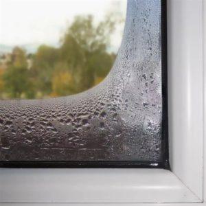 конденсат на пластиковом окне