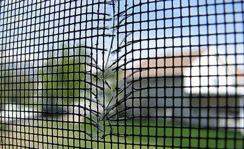 ремонт москитных сеток недорого