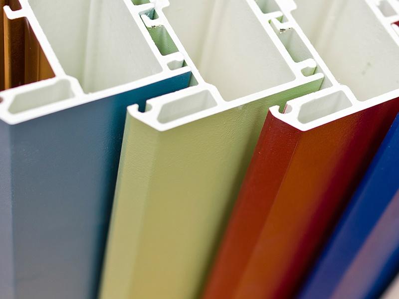 покраска пластиковых окон